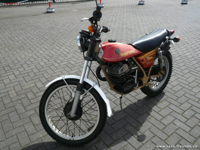 BULTACO Alpina 350 (2)