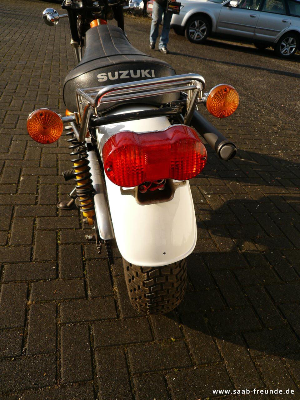 SUZUKI RV 125 Funbike (2)
