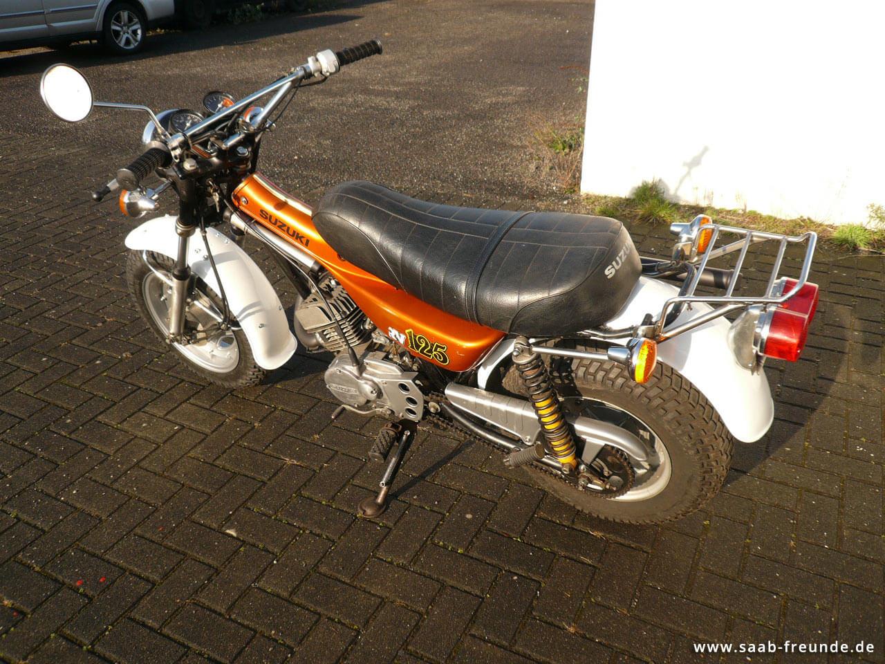 SUZUKI RV 125 Funbike (8)