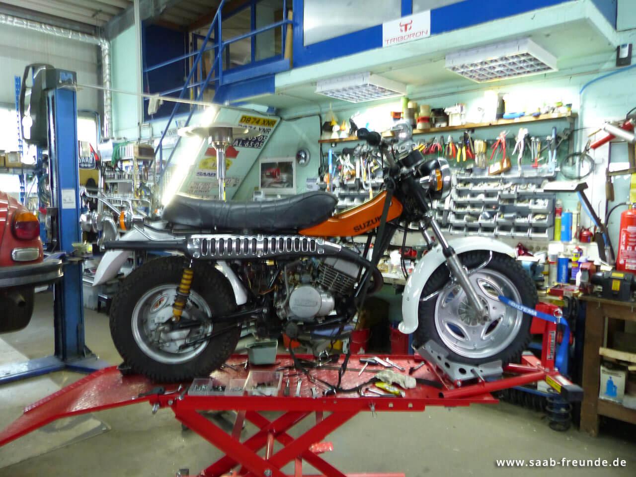 SUZUKI RV 125 Funbike (11)